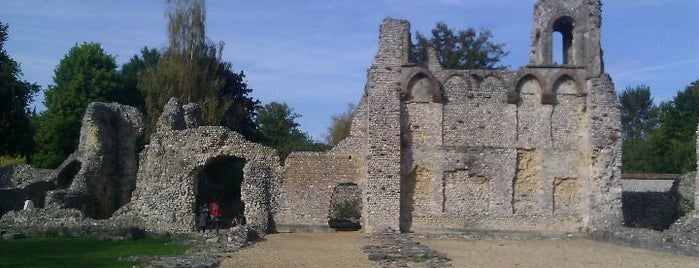 Wolvesey Castle (Old Bishop's Palace) is one of Carl'ın Beğendiği Mekanlar.