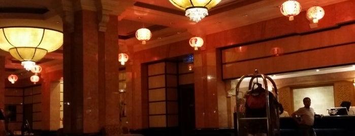 Renaissance Hotel Kota Bharu is one of Posti che sono piaciuti a Rahmat.