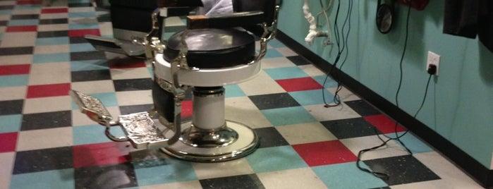 Acme Barbershop is one of Lugares favoritos de Jeff.