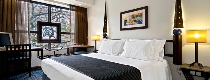 SANA Executive Hotel is one of Liz.