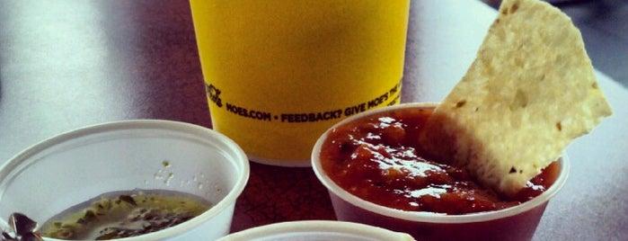 Moe's Southwest Grill is one of Locais curtidos por Scott.