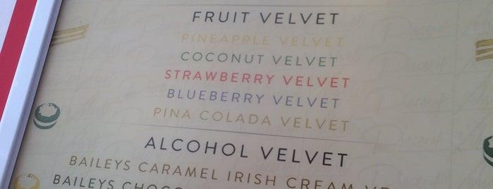 Piece of Velvet is one of Locais curtidos por Asli.