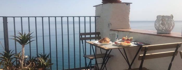 Casanova Bed & Breakfast Cefalu is one of Sicily.