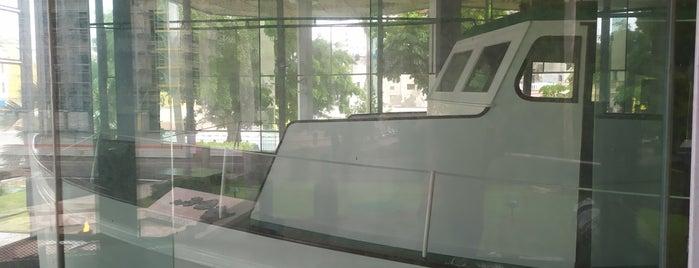 Memorial Granma is one of erykaceaさんの保存済みスポット.