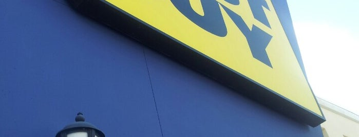 Best Buy is one of Lieux qui ont plu à Andrii.