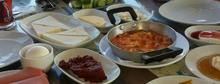 Nayla Karadeniz Kahvaltı & Izgara is one of Locais curtidos por Çiçek.