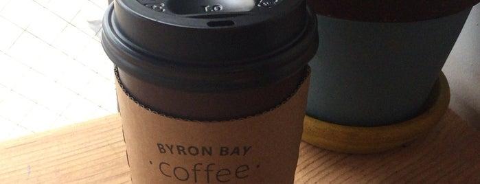 Byron Bay Coffee Company is one of สถานที่ที่ Misty ถูกใจ.