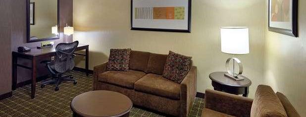 Hilton Garden Inn Springfield is one of สถานที่ที่ Kory ถูกใจ.