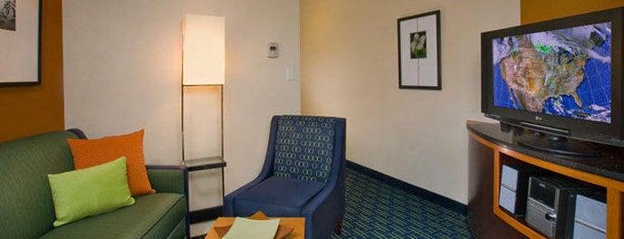 Fairfield Inn & Suites Laramie is one of Locais curtidos por Rob.