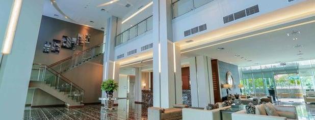 Holiday Inn Express Jakarta International EXPO is one of Jakarta.