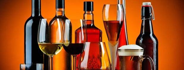 Big Texas Liquors is one of Lieux qui ont plu à Mark.