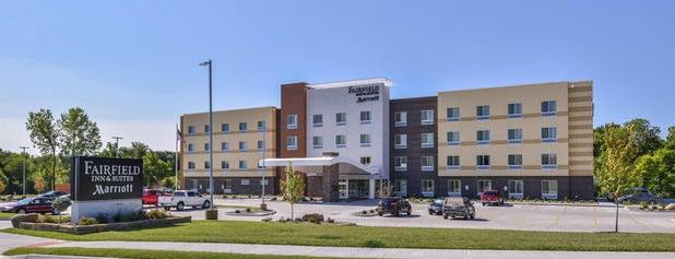 Fairfield Inn & Suites St. Joseph is one of Posti che sono piaciuti a Scott.