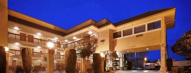 Best Western Plus Inn Of Hayward is one of Tempat yang Disukai Maia.