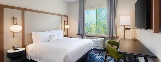 Fairfield Inn & Suites by Marriott Lexington East/I-75 is one of Lieux qui ont plu à Bre.