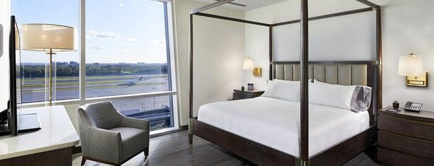 InterContinental Minneapolis - St. Paul Airport is one of Locais curtidos por Michael.