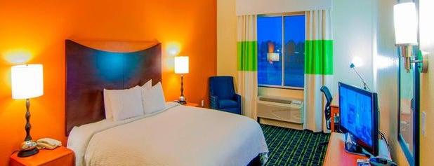 Fairfield Inn & Suites by Marriott Visalia Tulare is one of Orte, die Dan gefallen.