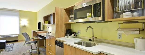 Home2 Suites by Hilton Dallas Addison is one of Lieux qui ont plu à Monnica.