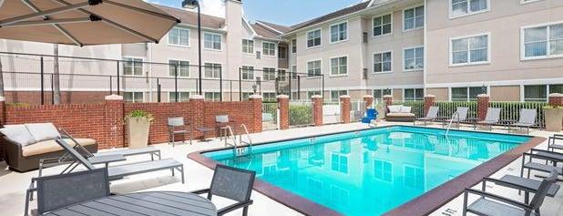 Residence Inn Tampa Sabal Park/Brandon is one of Rishabh 님이 좋아한 장소.