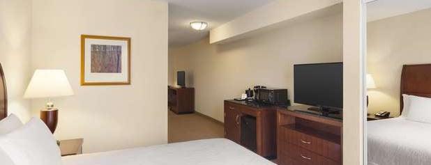 Hilton Garden Inn is one of Tempat yang Disukai Micah.