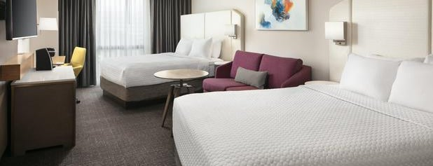 Crowne Plaza Dallas-Market Center is one of Lugares favoritos de Lovely.