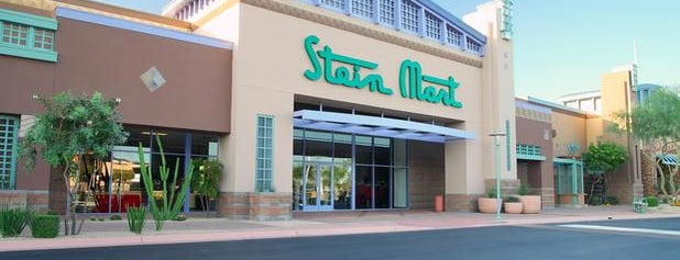 Stein Mart is one of Orte, die Franklin gefallen.