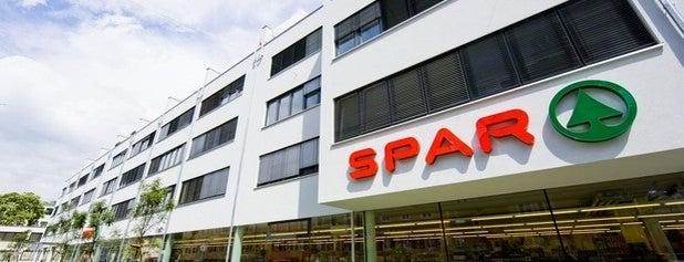 SPAR is one of Orhan Veli 님이 좋아한 장소.