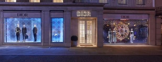Dior is one of Locais curtidos por clive.