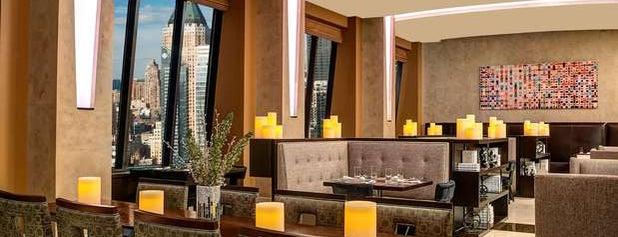 Hilton Times Square is one of Tempat yang Disukai John.