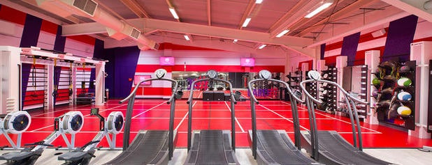 Virgin Active is one of Gökhan T.さんのお気に入りスポット.