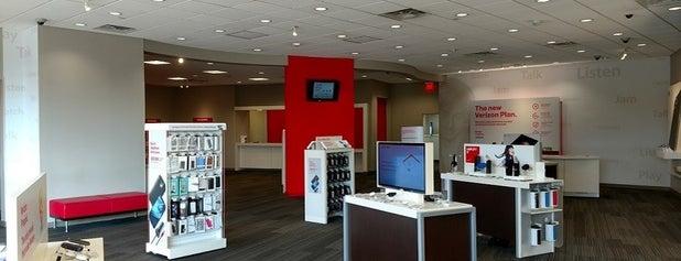 Verizon is one of Orte, die Andrea gefallen.