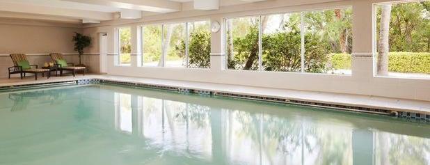 Pool @ Sanibel Harbour Marriot Resort & Spa is one of Locais curtidos por Mauricio.