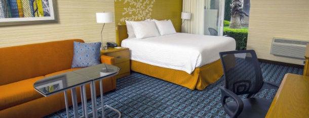 Fairfield Inn & Suites by Marriott San Jose Airport is one of Orte, die Kunal gefallen.
