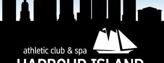 Harbour Island Athletic Club is one of Lieux qui ont plu à SchoolandUniversity.com.