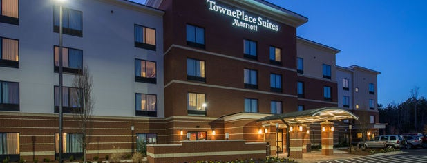 TownePlace Suites by Marriott Newnan is one of Locais curtidos por Jeff.