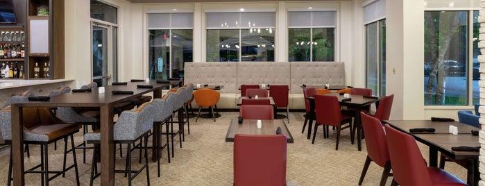 Hilton Garden Inn is one of Jen : понравившиеся места.
