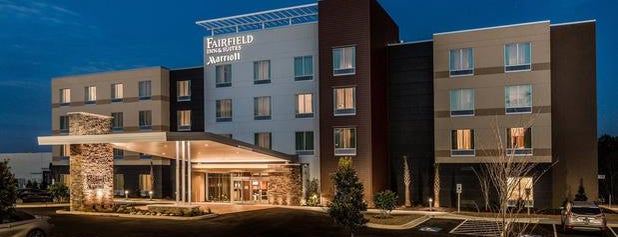 Fairfield Inn & Suites is one of Trips south.