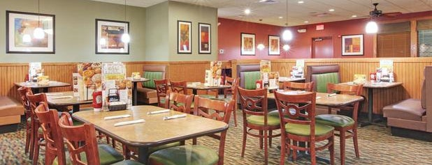 Holiday Inn Blytheville is one of Hotels I checked in worldwide.