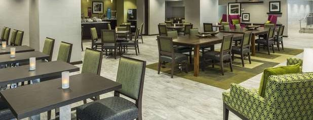 Hampton Inn by Hilton is one of Maryさんのお気に入りスポット.
