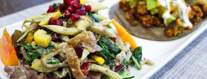 Soulshine Vegan Cafe is one of Orte, die John gefallen.