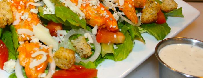 Pickleman's Gourmet Cafe is one of Tempat yang Disukai Chip.