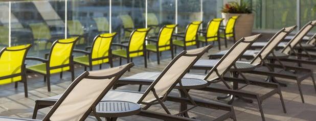 SpringHill Suites by Marriott Clearwater Beach is one of Nicholas'ın Beğendiği Mekanlar.