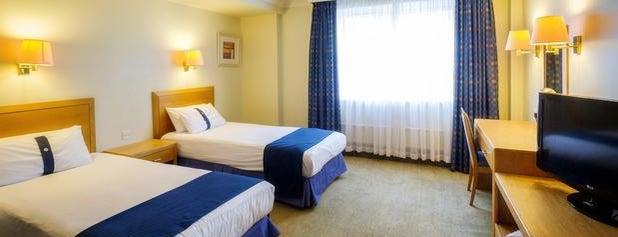 Holiday Inn is one of สถานที่ที่ Çağlar ถูกใจ.
