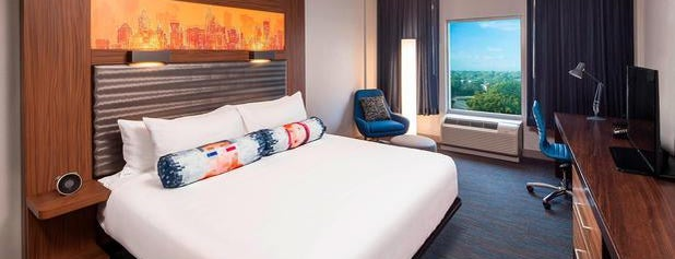 Aloft Miami Dadeland is one of Dennis's Liked Places.