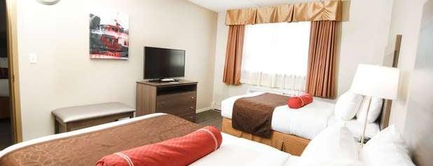 Best Western Plus Sandusky Hotel & Suites is one of สถานที่ที่ Chris ถูกใจ.