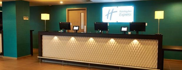 Holiday Inn Express Manchester Airport is one of Girit 님이 좋아한 장소.