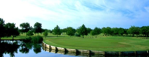 Tangle ridge golf course is one of Orte, die John gefallen.