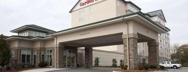 Hilton Garden Inn is one of Orte, die Holly gefallen.