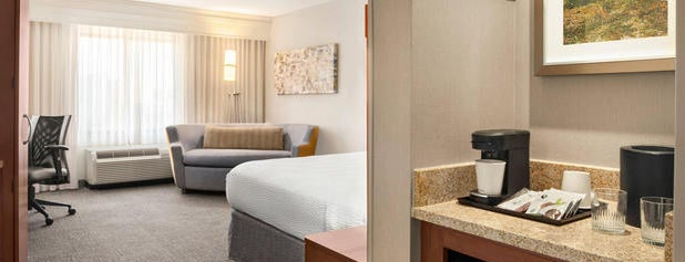 Courtyard by Marriott Marriott Madison West/Middleton is one of Paulina's Liked Places.