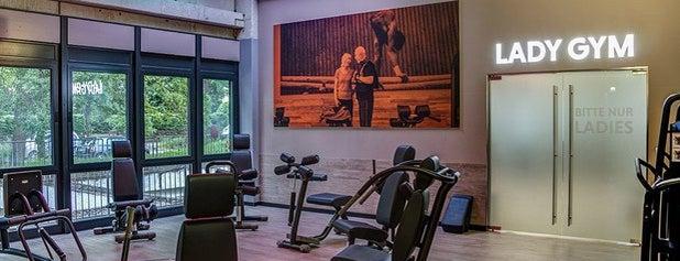 FitX Fitnessstudio is one of Locais curtidos por Jana.