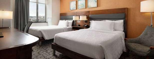 Hilton Garden Inn is one of Tempat yang Disukai Tinashe.